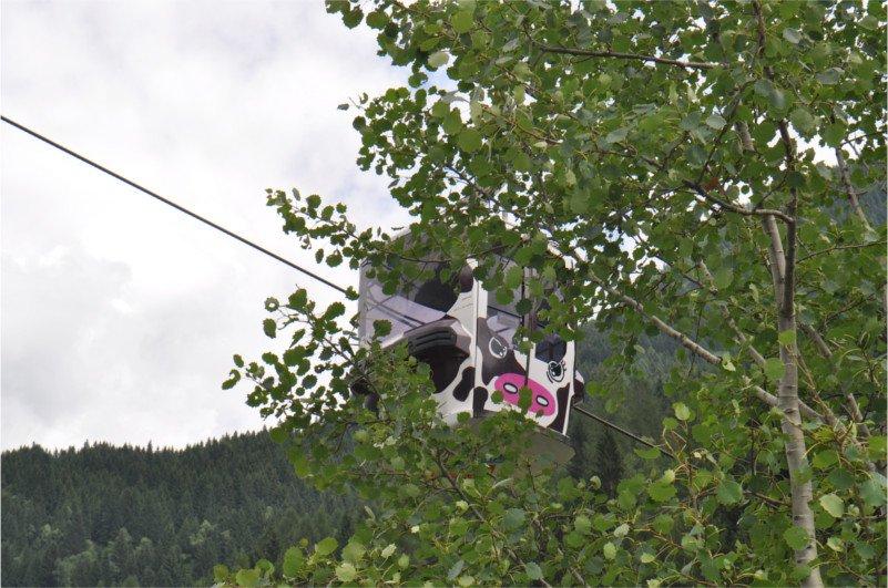 vincitrice concorso dipingi una cabina estate 2016, Predazzo, Val di Fiemme