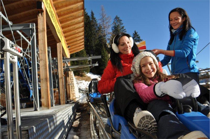 Alpine coaster Gardonè in inverno a predazzo